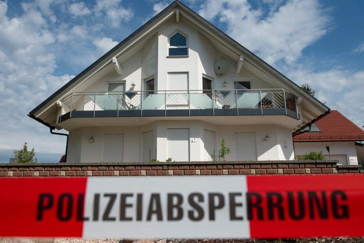 Das Foto zeigt das Haus des getöteten Regierungspräsidenten.