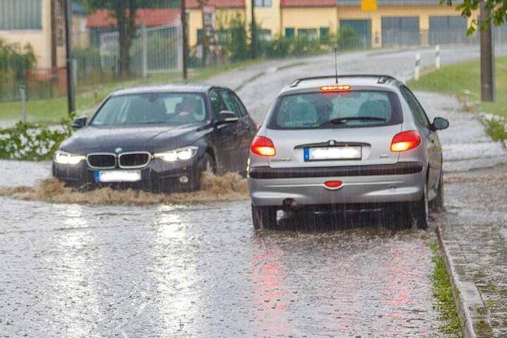 ... aber die überfluteten Straßen waren manch einem Autofahrer sicher schon schlimm genug.