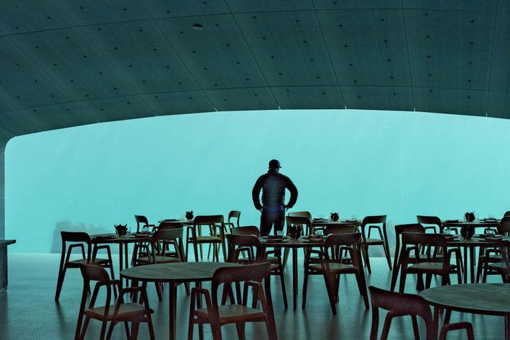 Der Speisesaal für 40 Gäste befindet sich fünf Meter unter dem Meeresspiegel.