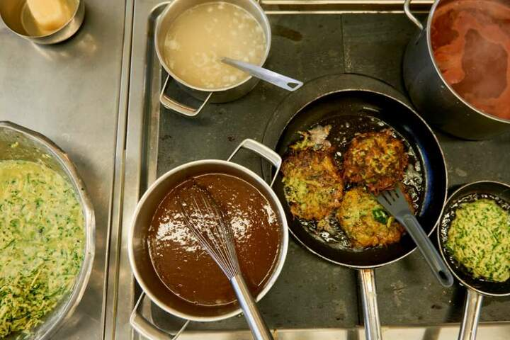 Was wurde früher gekocht und wie sahen die Rezepte dafür aus? Das erfahrt hier heute in Weimar.
