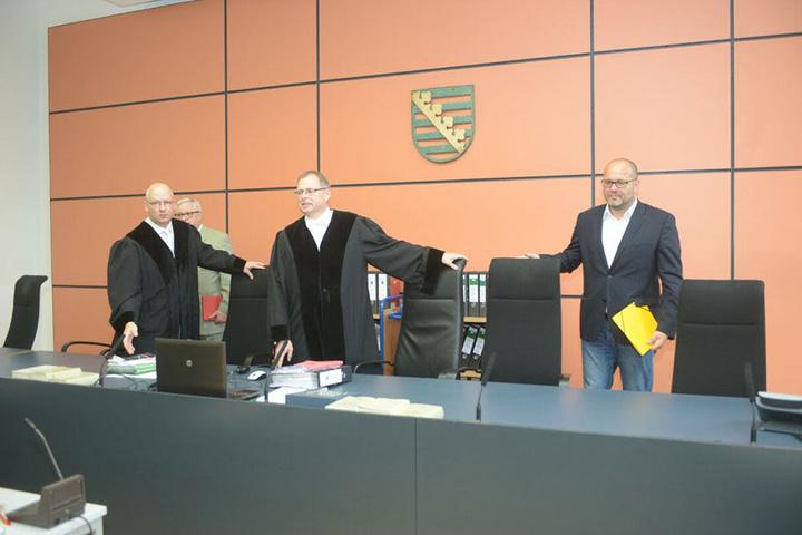 Richter Joachim Kubista (53), Chef der 3. Großen Strafkammer, leitet die Verhandlung.