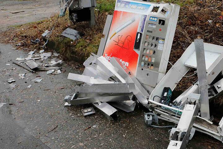 Der Automat wurde bei der Explosion vollkommen zerstört. (Archivbild)