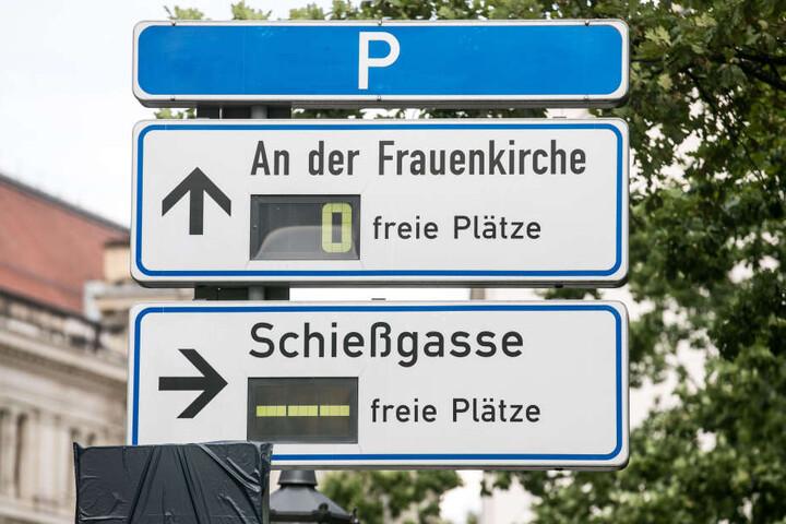 Parkplatznot herrscht auch in der Schießgasse und An der Frauenkirche.
