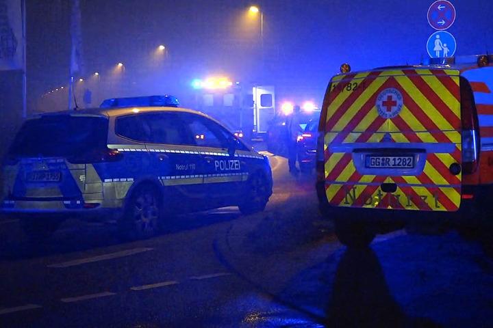 Polizei und Rettungsdienst waren in der Silvesternacht in Groß-Gerau im Einsatz.