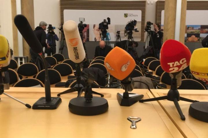 Die sächsischen Behörden müssen sich um 11 Uhr den Fragen der Presse stellen.