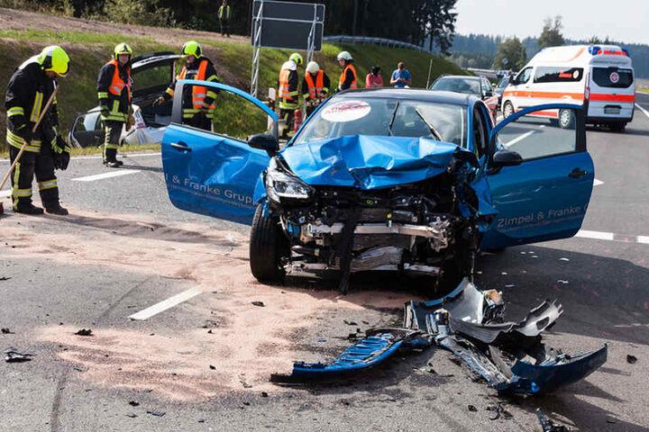 Von dem Wagen blieb nicht viel übrig: Totalschaden.