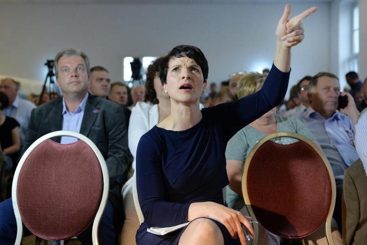 Mittlerweile ermittelt die Dresdner Staatsanwaltschaft wegen des Verdachts auf Meineid gegen AfD-Chefin Frauke Petry.