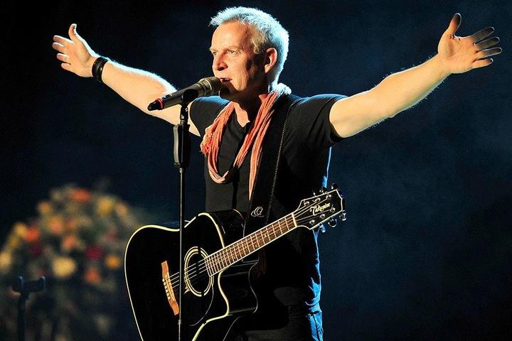 Dass er kommt, steht fest. Ob er tanzt, noch nicht: Sänger Dirk Michaelis (56) taucht ebenfalls in der Chemnitzer Stadthalle auf.