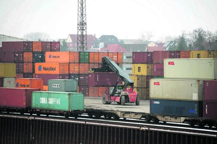 Der Güter-Hafen in Riesa.