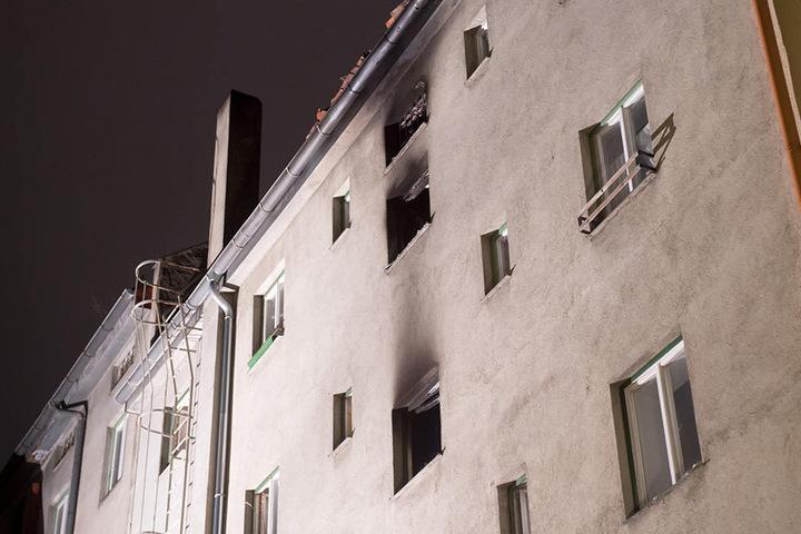 Bei dem Brand starben drei Personen, darunter auch ein Kind.