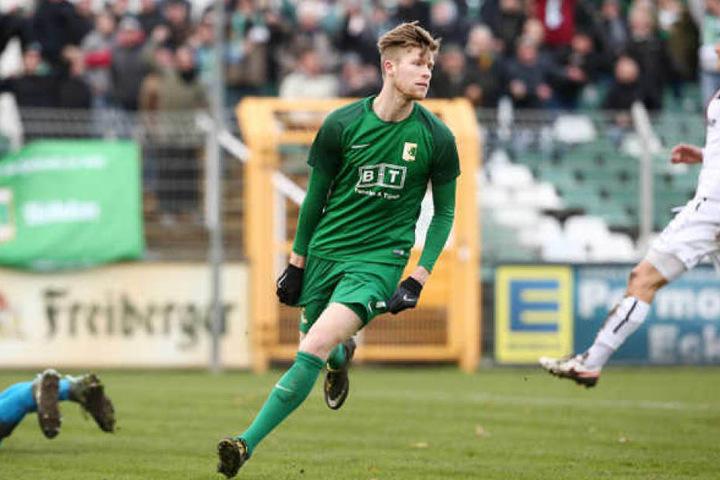 Alexander Bury wechselt zur kommenden Saison zum Absteiger Chemnitzer FC und soll das Team wieder in die 3. Liga führen.