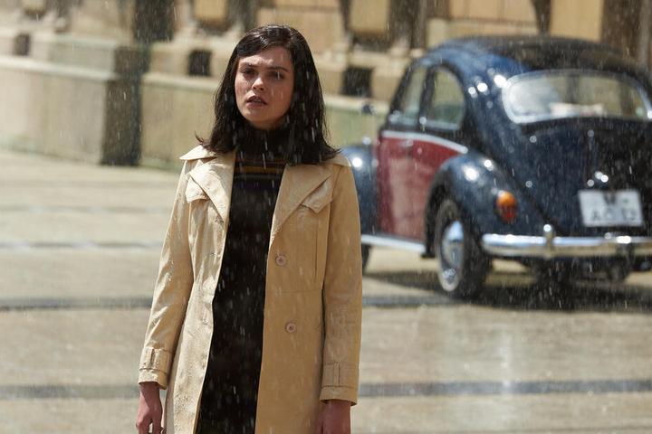 Eigentlich hat sich Giulietta (Silvia Busuioc) im Deutschland der frühen 70er gut eingelebt. Aber die Liebe zu Alexander lässt sie einfach nicht los.