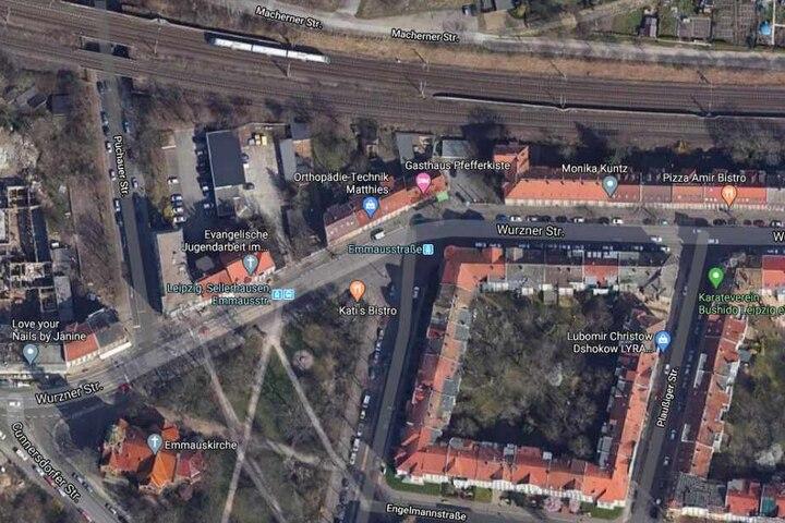 Der Vorfall ereignete sich an der Bushaltestelle Wurzener Straße/Emmausstraße im Stadtteil Sellerhausen-Stünz.