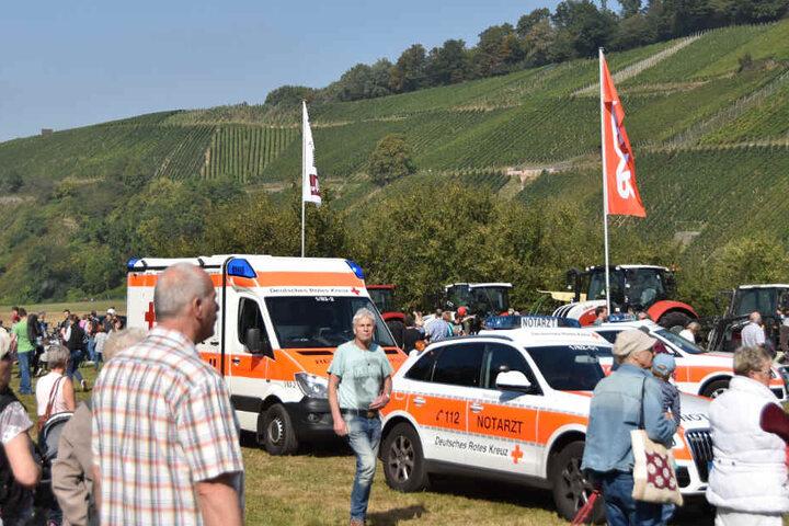 Rettungskräfte vor Ort in Glottertal, nachdem die Kuh durchdrehte.