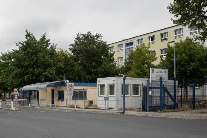 Das PTAZ ist dem Landeskriminalamt angegliedert und hat seinen Hauptsitz in Dresden.