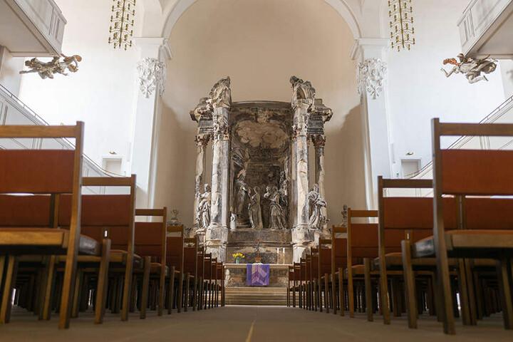 So sieht die Dreikönigskirche von innen aus.