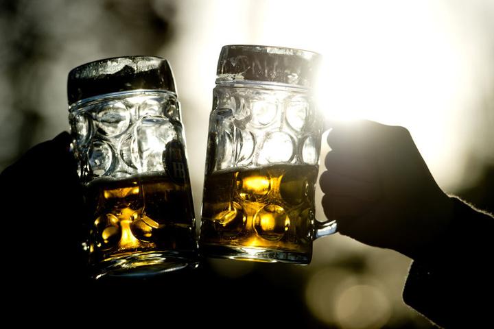 Bier und ein Vier-Gänge-Menü erwarten Dich am Sonntagabend in Detmold.