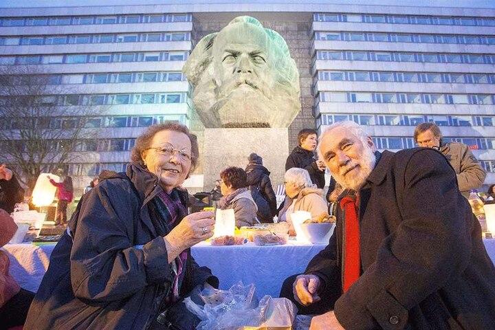 Katharina Hessel und Wulf Lackemeier waren zwei von 200 Gästen beim Picknick im Winter am Nischel.