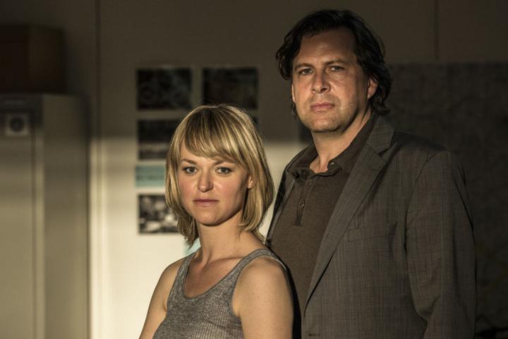 Kommissarin Heller (Lisa Wagner) und ihr Kollege Verhoeven (Hans-Jochen Wagner) ermitteln in Wiesbaden in einer Serie von Vergewaltigungen und einem Mord.