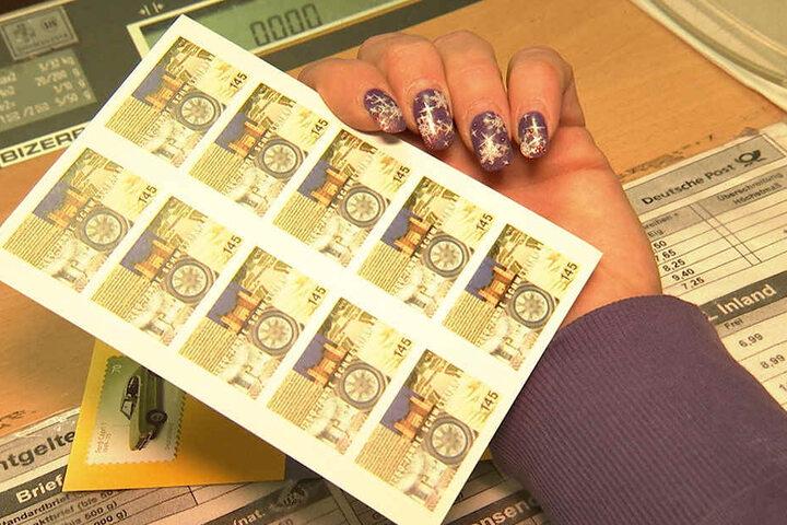 Auf Briefmarken im Wert von 20.000 Euro hatten es die Einbrecher bisher abgesehen.