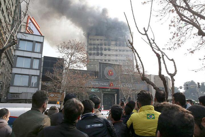 In dem Gebäude war ein Großbrand ausgebrochen.