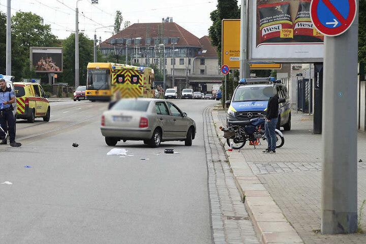 Beim Zusammenstoß wurde der Krad-Fahrer verletzt.