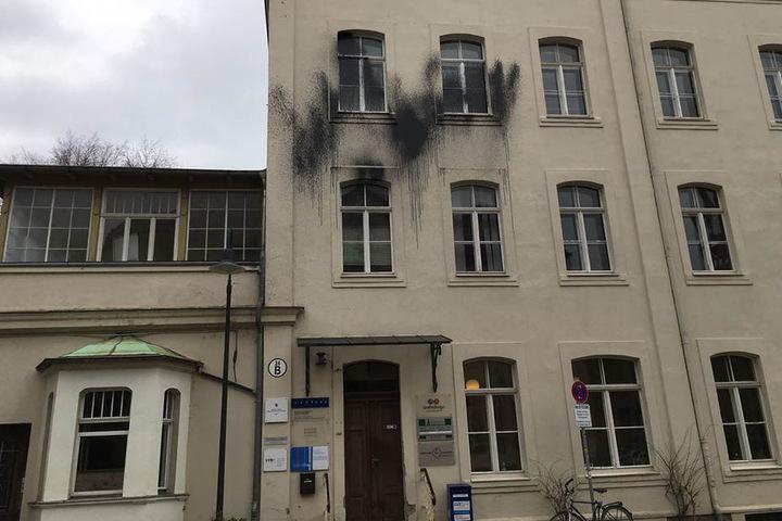 Auch Gemkows Büro im Westen Leipzigs hat es in einer der letzten Nächte stark getroffen.
