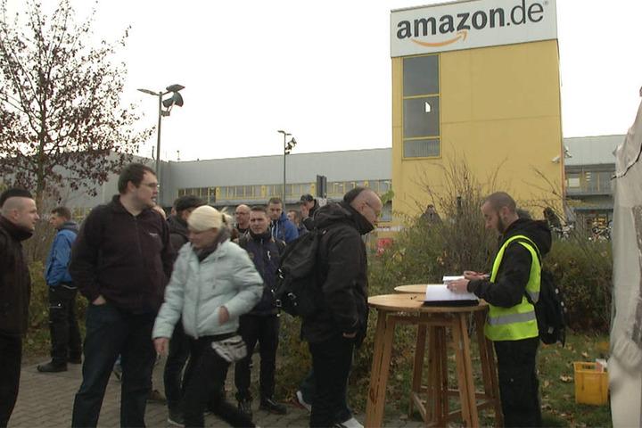 """Der Streik fällt in die """"Cyber Monday Woche"""" von Amazon, einer einwöchigen Rabatt-Aktion."""