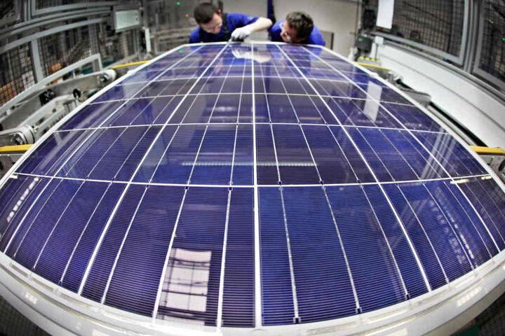 Überraschende Wende bei Solarworld: Übernimmt ein Investor den Standort Freiberg? Doch viele Mitarbeiter müssen gehen.