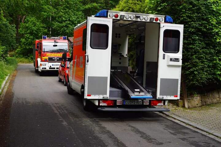 Trotz eilig herbeigerufener Rettungskräfte, konnte das Leben des Hobby-Schraubers nicht gerettet werden.
