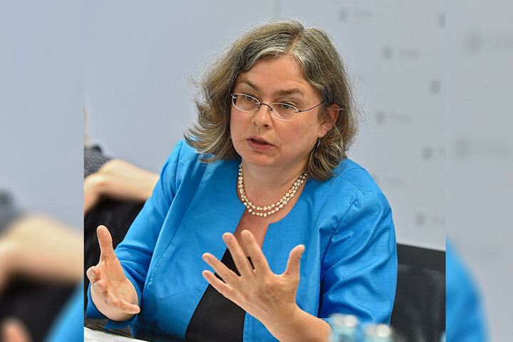 Umweltbürgermeisterin Eva Jähnigen (52, Grüne) ist für die Auswirkungen der Feuerwerke auf die Umwelt zuständig.