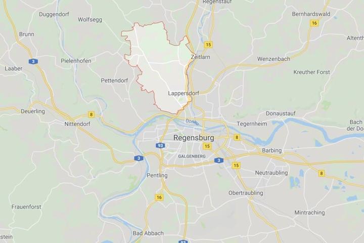 Der Unfall passierte bei Lappersdorf im Landkreis Regensburg.