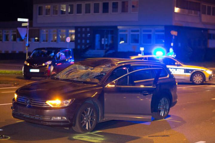 Die Oldentruper Straße wurde nach dem Unfall gesperrt.