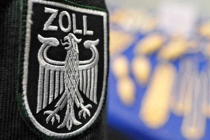 Der Zoll entdeckt regelmäßig geschmuggelte Drogen am Frankfurter Flughafen (Symbolbild).
