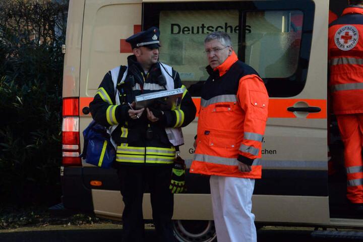 Neben Feuerwehr war auch der Rettungsdienst im Einsatz.