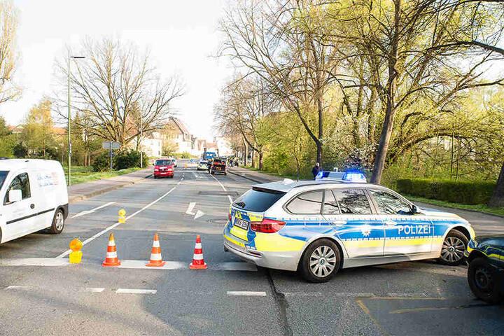 Die Otto-Brenner-Straße musste für die Zeit der Unfallaufnahme gesperrt werden.
