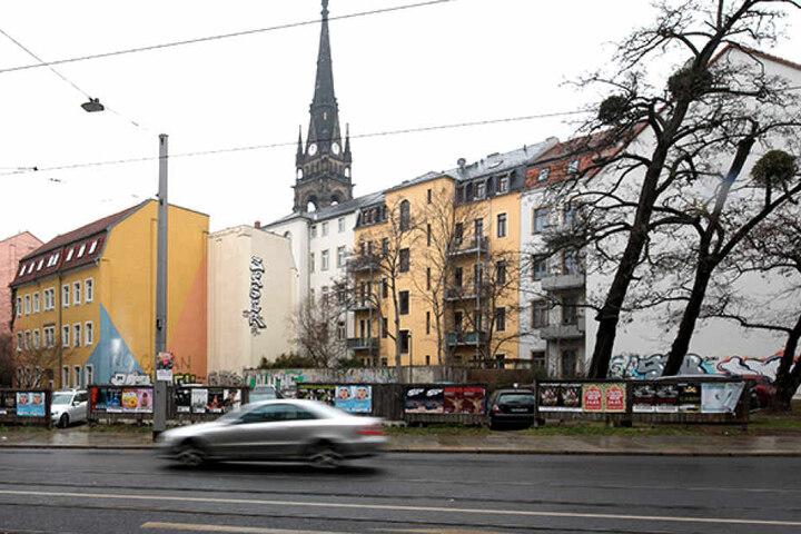 Noch sieht man an der Ecke Bautzner Straße/Pulsnitzstraße nichts vom geplanten Bau.