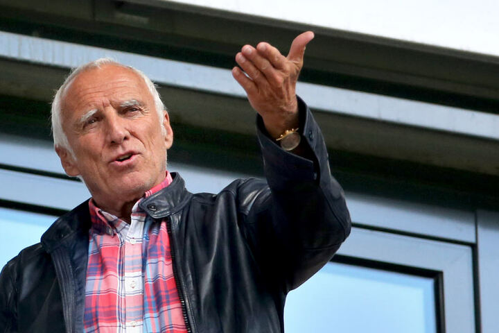 Dietrich Mateschitz (73) baute sich mit Red Bull einen Energydrink-Konzern auf. Sein Vermögen wird auf bis zu 20 Milliarden Euro geschätzt.