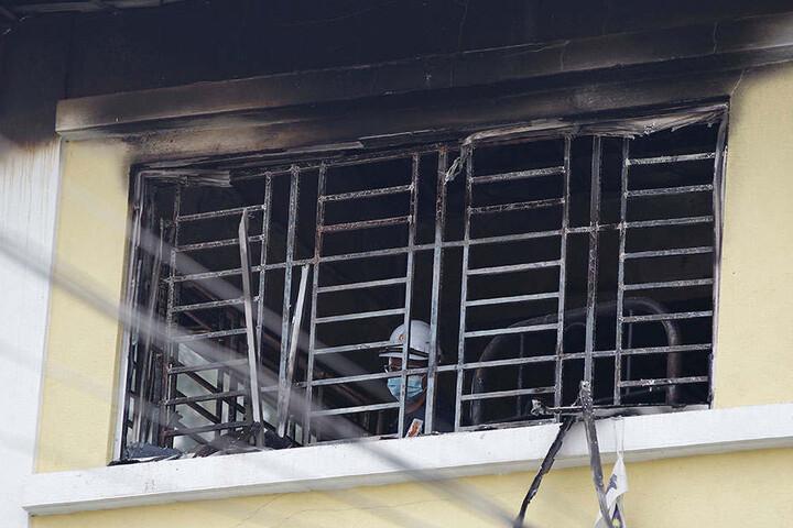 Zahlreiche Feuerwehrmänner kämpften gegen die Flammen.