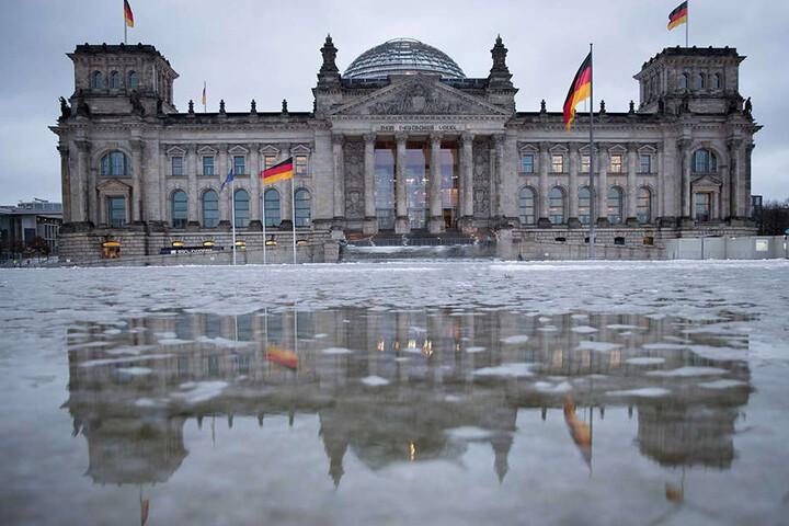 Die Chemnitzer Parteien schicken vor allem junge Politiker ins Rennen um einen Sitz im Bundestag.