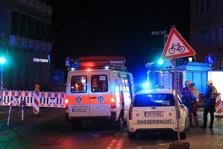 Wasserwacht, Feuerwehr und Rettungskräfte waren im Einsatz.