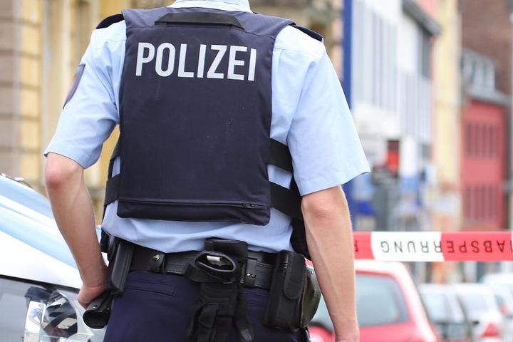Die Polizei ist berechtigt, die Räumung mit unmittelbarem Zwang durchzusetzen (Symbolbild).
