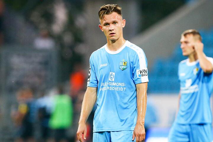 Fassungslos: Erik Tallig und der Chemnitzer FC haben aus den ersten zehn Spielen nur sechs Punkte geholt. Damit ist der CFC aktuell Vorletzter.