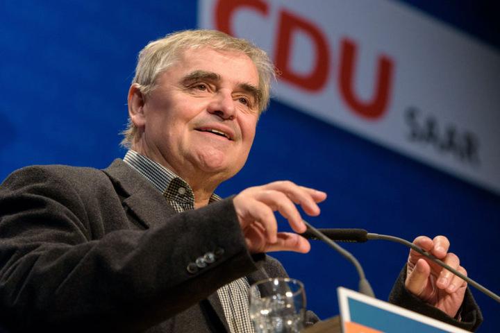 Einer der wenigen Angeklagten, die vom Narrengericht freigesprochen wurden: der Ex-Ministerpräsident des Saarlands, Peter Müller (CDU).