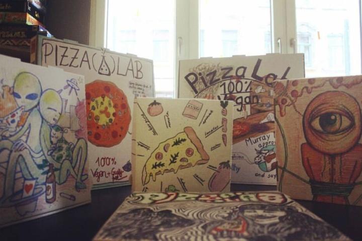 Wer Pizza und Kreatives mag, ist im Pizza Lab genau richtig.