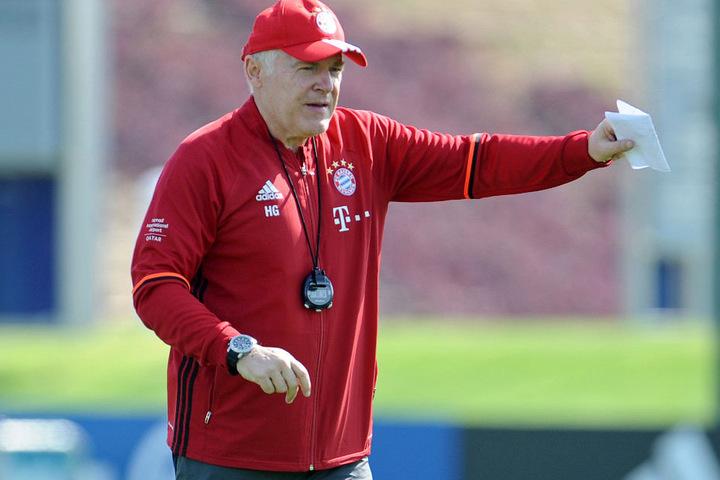 Hermann Gerland könnte dem Umbruch beim FC Bayern München im Jugendbereich zum Opfer fallen.