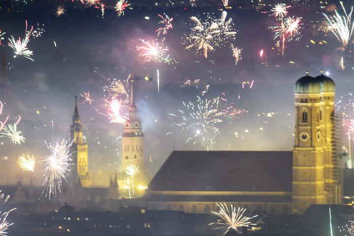 In München etwa gilt erstmals ein Feuerwerksverbot in der Altstadt und darüber hinaus auch in entsprechenden Fußgängerzonen. (Archivbild)