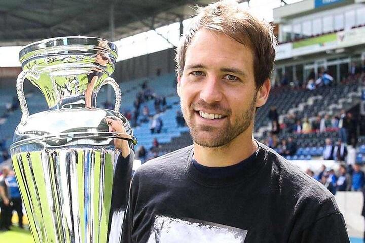 Innenverteidiger Steffen Puttkammer verabschiedete sich mit dem Landespokal aus Magdeburg. Nach Zwickau kommt er nicht.