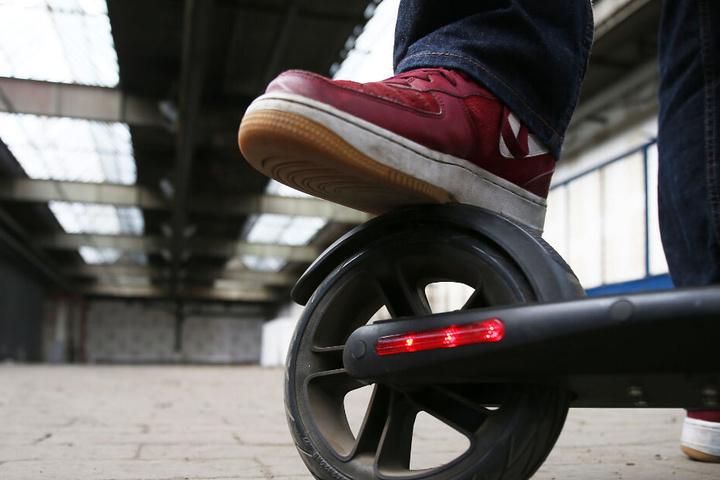 Eine Straßenzulassung für Scooter soll noch in diesem Sommer genehmigt werden.