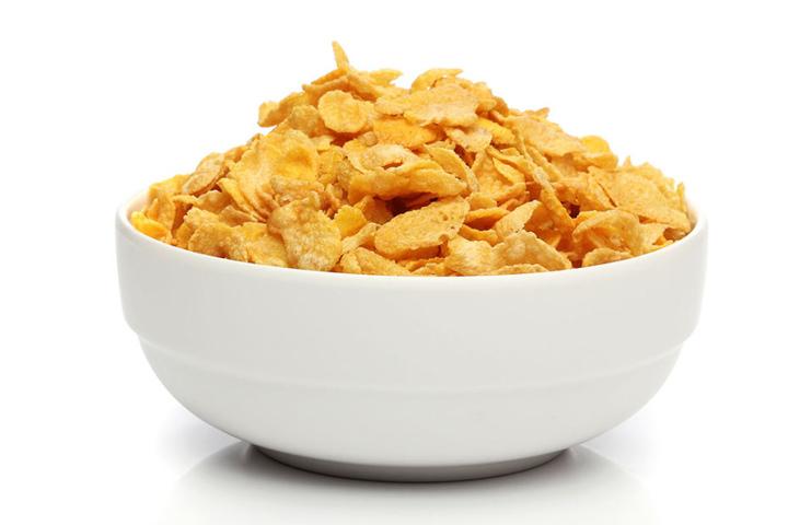 Die absolute Zuckerbombe: Cornflakes mit Milch.